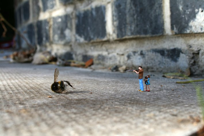 little_people_street_art_fd