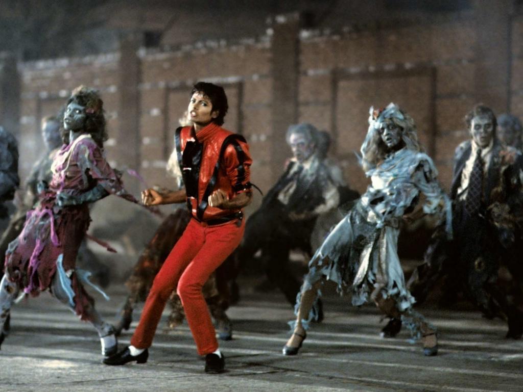 MICHAEL-JACKSON-S-THRILLER-QUEEN_GINA-mj-s-robot-dance-20831012-1599-1201_zps104d1056